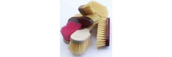 Mane / Wash Brushes