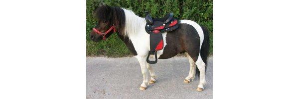 Holzpferde & Ponys